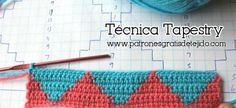 Aprende a tejer en técnica Tapestry a crochet / tutorial | Crochet y Dos agujas - Patrones de tejido Crochet Tutorial, Crochet Video, Crochet Stitches, Crochet Hats, Ravelry, Tapestry Crochet, Toot, Bag Making, Cosmetic Bag