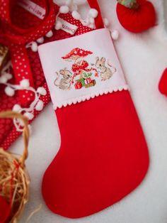 La magie de Noel / Veronique Enginger / cross stitch #VeroniqueEnginger / #lesbrodeusesparisiennes/ #Merrychristmas / #retro / #christmastree