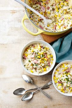 Put that leftover ham in your fridge to good use! These leftover ham recipes will totally transform your Christmas dinner into pot pie, risotto, and more. Leftover Ham Recipes, Corn Recipes, Amish Recipes, Dutch Recipes, Meat Recipes, Fall Recipes, Dinner Recipes Easy Quick, Easy Meals, Delicious Recipes