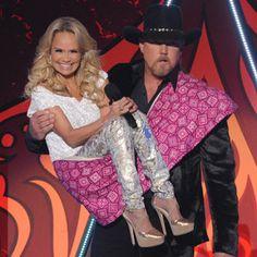 Haha...Kristin Chenoweth, Trace Adkins, American Country Awards