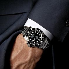 Evening Attire: The Rolex Submariner fir any occasion. #dresstastefully #rolexero #rolex #gq credit fancy.com #rolexwatch #rolexpassion #rolexsubmariner #rolexwatch #menstuff #mondani #mensfashion #mensfashionpost #menstyle #bobswatches #forbes #wsj #fashion