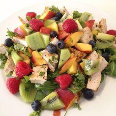 The Body Coach: Fruity Salad Tasty Snacks, Yummy Food, Joe Wicks Lean In 15, Joe Wicks Recipes, Clean Eating Recipes, Cooking Recipes, Clean And Delicious, Body Coach, Healthy Food