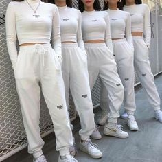 Hip-Hop-Kleidung - Party Home Hipster Outfits, Kpop Fashion Outfits, Sporty Outfits, Korean Outfits, Stylish Outfits, Cute Outfits, Fashion Dresses, Dance Fashion, Hip Hop Fashion