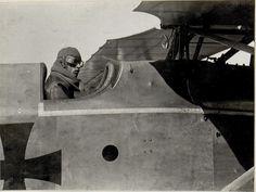 Stabsfeldwebel Kiss vor dem Aufstiege Körperschaft K.u.k. Kriegspressequartier, Lichtbildstelle - Wien Datierung um 06.08.1917