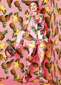 Scopri Dolce&Gabbana Collezione Donna Estate 2017 Città Tropicale e lasciati ispirare.
