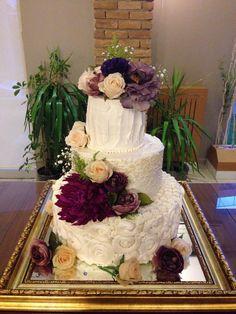 Nişan Pastası. Renkli Tatlar Cafe. İletişim 0258 211 44 44 www.renklitatlar.com.tr