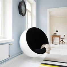 Ball chair by Eero Aarnio.