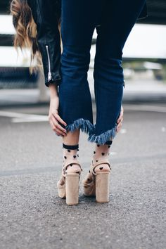 Clogs, Outfits, Fashion, Clothes, Moda, Suits, Fasion, Outfit, Trendy Fashion
