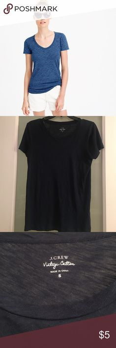 JCrew Vintage Cotton Blue Scoop Neck Tee This super soft JCrew vintage cotton tee is very lightweight! A great basic tee! J. Crew Tops Tees - Short Sleeve