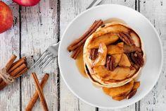 Dessert sans sucre : pancakes sans sucre Dessert without sugar: pancakes without sugar Healthy Recipe Videos, Diabetic Recipes, Diet Recipes, Healthy Recipes, Diet Snacks, Healthy Snacks, Healthy Eating, Dessert Healthy, Breakfast Recipes