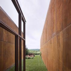 Millbrook House / Thomas Phifer and Partners