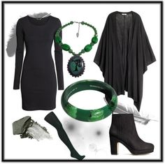 Corporate goth 5 Green with envy - Minus the necklace and bracelet