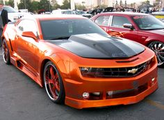 Ohhh. This would look so good without those rims. Those kill the look for me. But I'd still drive it.