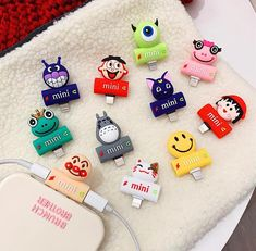 Luna And Totoro Earphone Wire Adapter For Iphone -----------------------------------------------●Material:silicone.●Note:This can be available for iphone chargi Iphone 6, Iphone Cases, Mini E, Accessoires Iphone, Retro Radios, Pineapple Pattern, Phone Gadgets, Airpod Case, Cute Phone Cases
