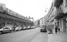 """The street is a room by agreement"". - Louis Kahn #bigjack_photography  Check link in bio to visit my print store! News are coming soon!  #bnw #bw #monochrome #streetphoto #bnw_society #bnw_life #streetlife #streetphotographer #urbanandstreet #bw_lover #everybodystreet #rsa_streetview #blackandwhitephoto #citylife #bnw_planet #urbanart #monoart #blancoynegro #bw_photooftheday #streetphoto_bw #bnw_captures #urbanphotography"
