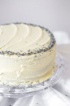 white chocolate lavender cake... uses lavender extract