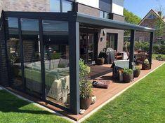Backyard Patio Designs, Pergola Designs, Diy Patio, Backyard Landscaping, Landscaping Design, Pergola D'angle, Pergola With Roof, Modern Pergola, Patio Roof