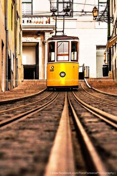Elevador da Bica, Lisboa Portugal Travel, Lisbon Portugal, Algarve, Week End Europe, Remembering Mom, Douro, Find Hotels, All Over The World, Travel Around