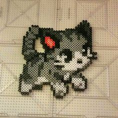 Cat perler beads by thevendelo More