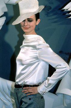 1999 - Galliano 4 Dior Couture Show -