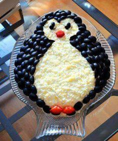 Spectacular and tasty layered salad Penguin will decorate any festive table. Cute Food, Good Food, Yummy Food, Tasty, Christmas Salad Recipes, Food Carving, Food Garnishes, Xmas Food, Food Platters