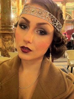 20s makeup. Dig the dark lips.