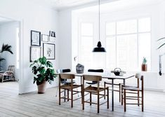 Fredericia — J39 chair by Børge Mogensen | Visiting... Karen from Another Ballroom | ELLE