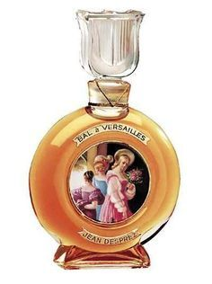 Bal à Versailles by Jean Desprez is a Oriental fragrance for women. Bal à Versailles was launched in The nose behind this fragrance is Jean Despre. Versailles, Perfume Vintage, Antique Perfume Bottles, Perfume Rose, Tolu, Perfume Collection, Bottle Design, Smell Good, Beautiful