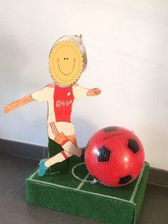 Voetballer voetbal surprise
