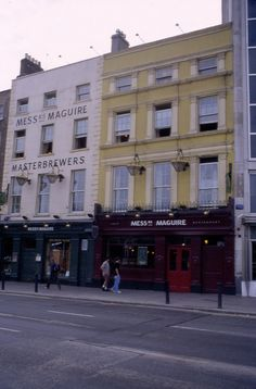 Messrs Maguires Dublin bar