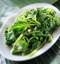 Garlic Spinach - Spinach is a healthy alternative to many other side choices. Spice them up with our garlic puree!