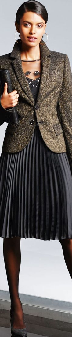 More Madeleine Arrivals Gold Blazer, Madeleine Fashion, Fashion Outfits, Womens Fashion, Powerful Women, Casual Wear, Black Gold, Pretty Clothes, Elegant