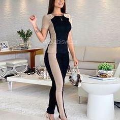 Pra quem quer começar o dia com um look super confortável! 🖤 . {379,90 - P/M} Ref: 08461 . 💻 (Disponível no site e na loja física) - O link do site está na nossa BIO! ✨ . #moda #lojafeminina #mulher #fashionista #modagoiânia #goiania Cute Swag Outfits, Cute Comfy Outfits, Latest African Fashion Dresses, Hoodie Outfit, Solo Dance Costumes, Business Outfits, Casual Looks, Turquoise, Bodycon Dress