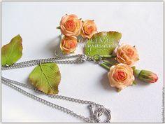"""Купить Комплект украшений """"Розовые розы"""". Холодный фарфор. - авторские украшения, цветы ручной работы"""