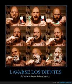 Lavarse los dientes: Así lo hacen los verdaderos hombres (verbos reflexivos) - ¡jaja! Visit http://www.estudiafeliz.com for more fun materials for Spanish teachers and students!