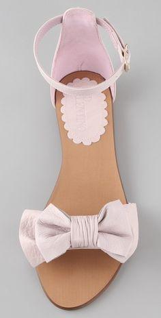 valentino bow flat sandals. my DREAM.
