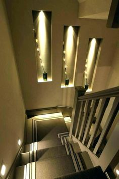 Browse a lot of photos of Stairway Lighting. Find ideas and inspiration for Stairway Lighting to add to your own home. Staircase Lighting Ideas, Stairway Lighting, Modern Staircase, Grand Staircase, Wall Lighting, Home Lighting, Lighting Ideas Bedroom, Corner Lighting, Staircase Pictures