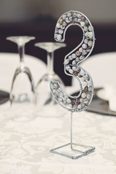 Table Numbers, Tree Branches, Art Pieces, Stationery, How To Make, Stationery Shop, Paper Mill, Stationery Set, Wedding Table Numbers