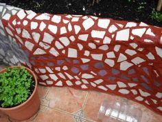Jardinera de obra curva y con mosaico. Argh! - Foro de InfoJardín