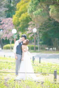 洋装 前撮り(ロケーション)|ギャラリー case.02 Wedding Bride, Wedding Dresses, Wedding Photoshoot, Poses, Bridal, Image, Bride, Figure Poses, Bridal Dresses