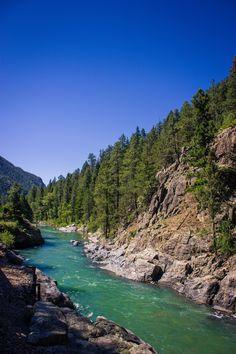 Animas River Colorado - From the Durango-Silverton Train x (OC) landscape Nature Photos Durango Colorado, Colorado Usa, Colorado Hiking, Colorado Homes, Colorado Mountains, Somewhere In Paradise, Colorado Places To Visit, Silverton Train, Mountain Vacations