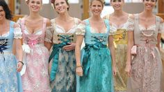 Dirndl at the Oktoberfest 2015: These are the trends for the Women's Traditional Costumes