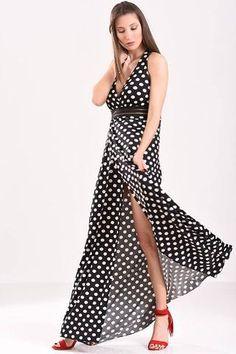 90334ee13327 Μάξι φόρεμα με ανοιχτή πλάτη και V λαιμουδιά