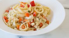 Seafood Pasta (omit red pepper and cup of pasta water, add small can of diced tomatoes and cup cream. Use zest of one whole lemon and no lemon juice. Quick Dinner Recipes, Easy Healthy Recipes, Lunch Recipes, Summer Recipes, Healthy Meals, Epicure Recipes, Fish Recipes, Seafood Recipes, Pasta Recipes