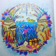 Floresta encantada - #editorasextante #EuTesteiCores #raffine #terapiadascores #inspiracaojardimsecreto #inspiracaoflorestaencantada #passatempo #arteterapia #amamosjardimsecreto #artesecreta #SecretGarden #florestaencantada #jardimsecreto #johannabasford #crayola #vicio #maped #meuvicio #mundoscoloridos