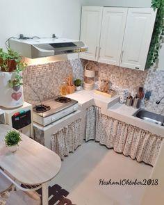 Small Kitchen Set, Small Kitchen Layouts, Open Plan Kitchen Living Room, Kitchen Room Design, Home Decor Kitchen, Mini Kitchen, Minimalist Home Furniture, Small House Interior Design, Kitchen Models