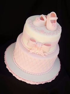 I love this cake for a baby shower. Perfect for a little princess