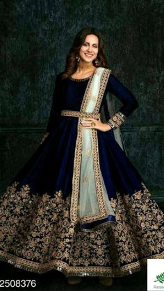 Indian Gowns Dresses, Pakistani Bridal Dresses, Indian Fashion Dresses, Indian Bridal Lehenga, Dress Indian Style, Indian Designer Outfits, Indian Outfits, Indian Anarkali, Indian Wedding Gowns