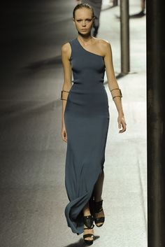 Lanvin Spring 2011 Ready-to-Wear Collection Slideshow on Style.com