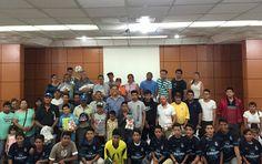 Entregan Material Deportivo a las Escuelas y Centros Deportivos de Jesús María ~ Ags Sports